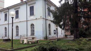 Carcare Villa Maura spiazzo verde interno